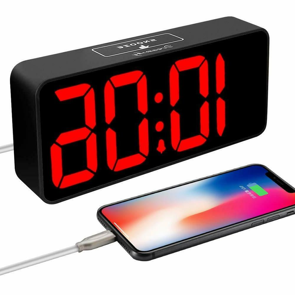 alarm clocks for bedrooms loud heavy sleepers with usb charg
