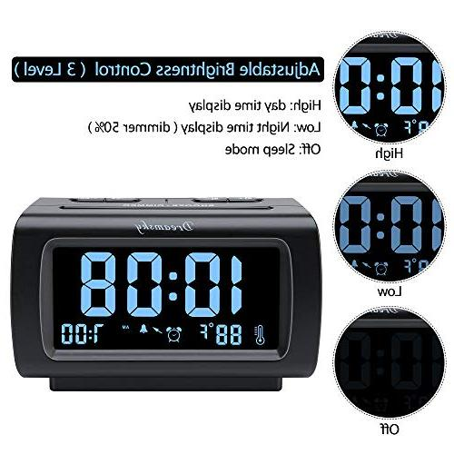 DreamSky Clock Radio with FM Radio, USB Port with Snooze, Adjustable Sleep Timer.