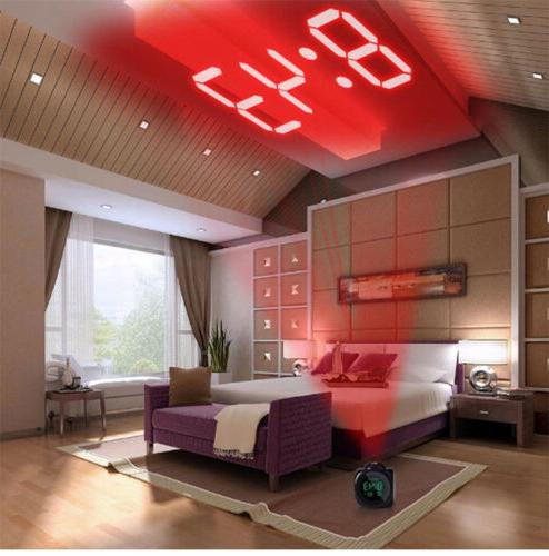 Digital Clock With Voice Projection