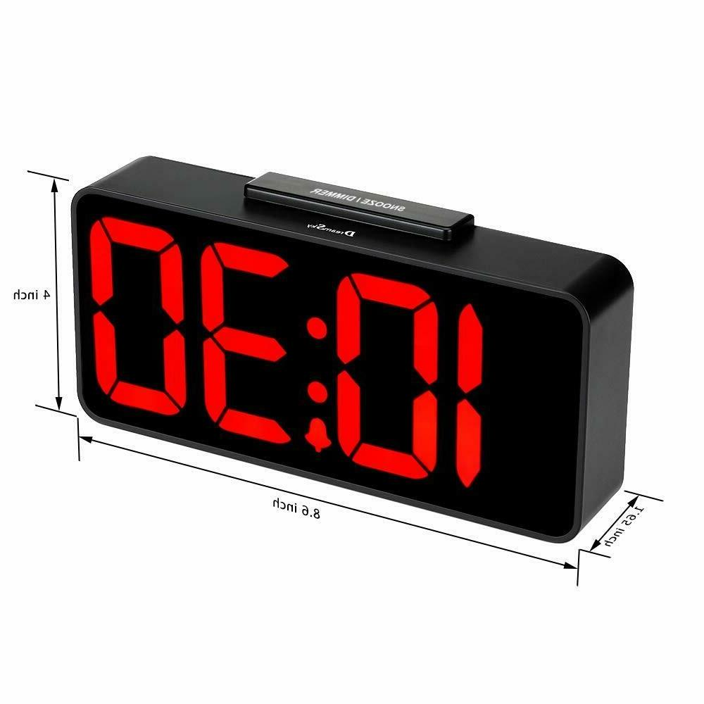 DreamSky Auto Time Alarm Clock with USB Port for Charging, Snooze, Dimmer
