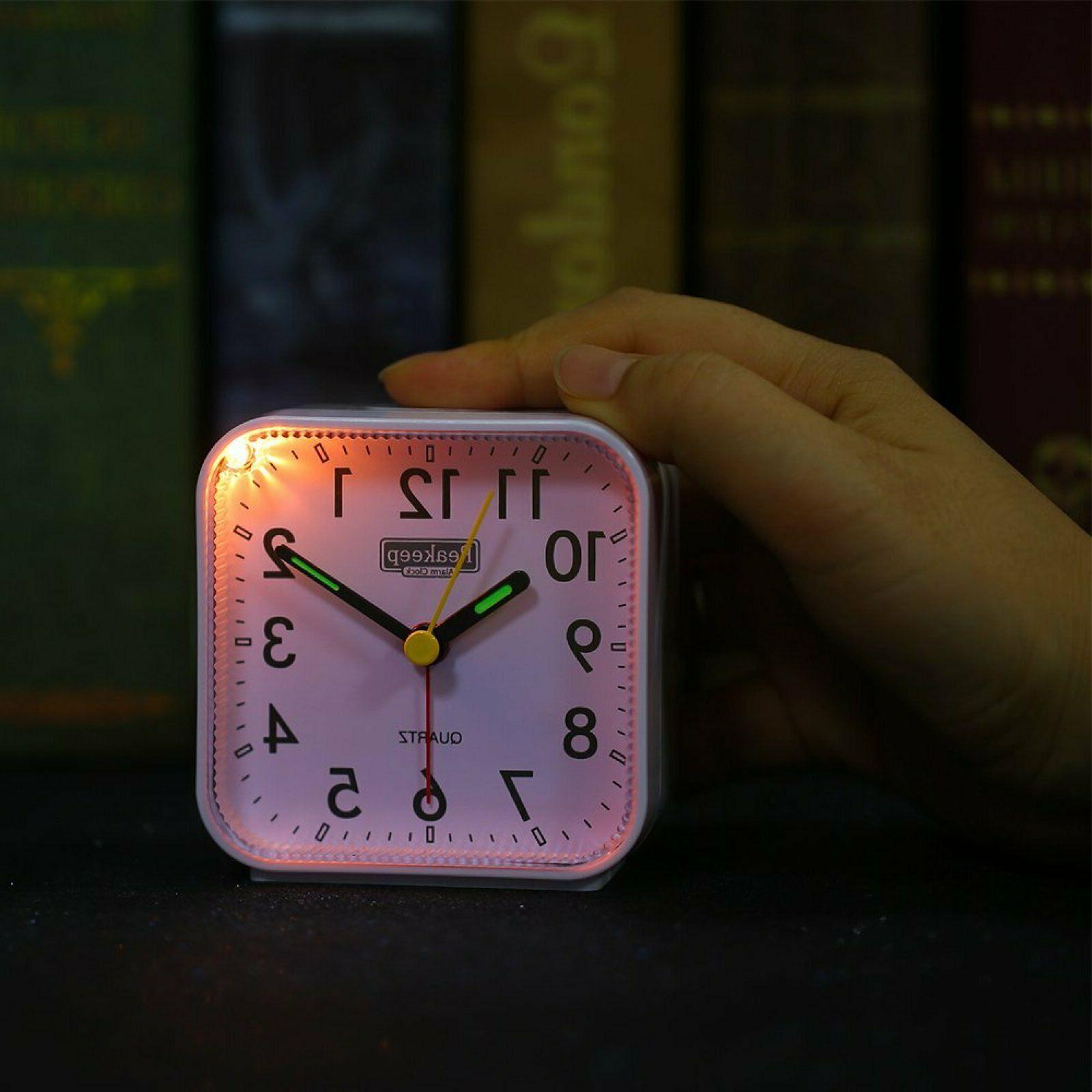 Peakeep Operated Analog Clock Silent No Whit