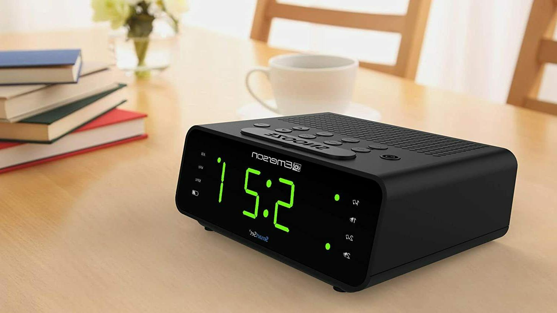 Emerson Alarm Clock Radio AM/FM Radio Dimmer Sleep New
